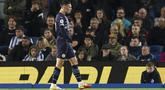 Gelandang Manchester City, Phil Foden berselebrasi usai mencetak gol ke gawang Brighton and Hove Albion pada pertandingan lanjutan Liga Inggris di Stadion AMEX, London, Sabtu (23/10/2021). Foden mencetak dua gol dan mengantar City menang telak atas Brighton 4-1. (Gareth Fuller/PA via AP)