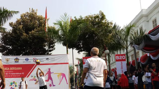 Sri Mulyani bermain bola voli di Kementerian Keuangan. Foto: Dok Merdeka.com/Anggun P Situmorang