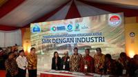 Menperin Airlangga Hartarto meluncurkan Program Pendidikan Vokasi Industri dalam rangka membangun link and match antara SMK untuk kebutuhan industri. Liputan6.com/Bawono Yadika