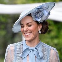 Summer dress ala Kate Middleton. (Foto: instagram.com/katemiddletonphotos)