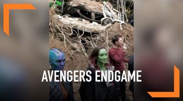 Sudah menonton film Avengers Endgame? Nah kini giliran kamu melihat bagaimana proses syuting film tersebut. Seorang pemain membocorkannya melalui sebuah video.