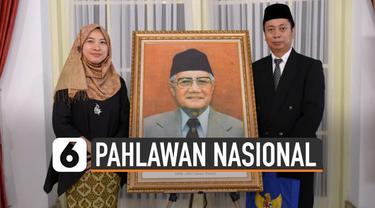 Melalui Keputusan Presiden Nomor 120 TK 2019 yang ditandatangani 7 November 2019, Jokowi tetapkan enam tokoh sebagai pahlawan nasional.
