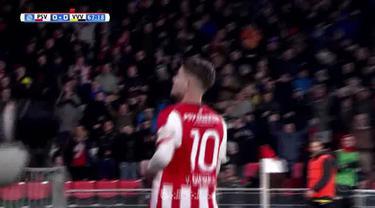 PSV Eindhoven membongkar pertahanan rapat VVV-Venlo untuk menang 3-0, Sabtu (17/3). PSV kini unggul 10 poin di puncak klasemen Lig...