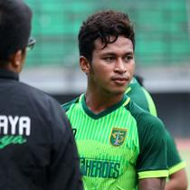 Osvaldo Haay sudah kembali ke Persebaya setelah memperkuat Timnas Indonesia U-22 di SEA Games 2019. (Bola.com/Aditya Wany)