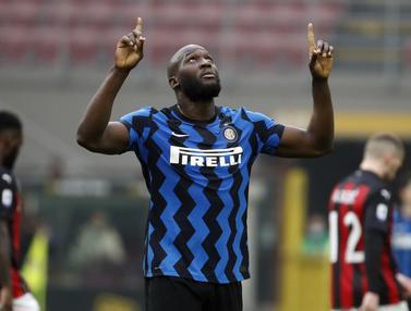 FOTO: Inter Milan Menjauh usai Kalahkan AC Milan 3-0 - Romelu Lukaku