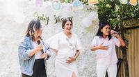 Baby shower Acha Sinaga (Sumber: Instagram/achasinaga)