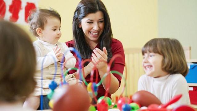 4 Cara Melatih Dan Merangsang Anak Berbicara Lifestyle Liputan6 Com