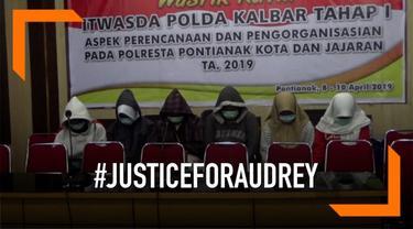 Para tersangka penganiayaan siswi SMP Pontianak ungkapkan penyesalan atas perbuatan yang telah mereka lakukan.