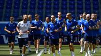 Timnas Islandia saat berlatih di Piala Dunia 2018. (AFP/Nicolas Asfouri)