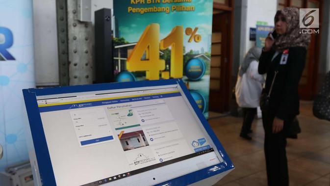 Layar monitor disiapkan untuk memandu konsumen di Stasiun Kota, Jakarta, Senin (4/12). Menyambut HUT ke-41 KPR, PT BTN (Persero) Tbk menggelar parade KPR dengan suku bunga KPR berbunga rendah 4,1 persen. (liputan6.com/Angga Yuniar)