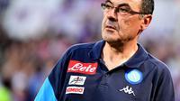 Pelatih Napoli, Maurizio Sarri, memberikan isyarat akan meninggalkan klubnya dan mencoba peruntungan lain dengan klub luar Italia. (AFP/Alberto Pizzoli)