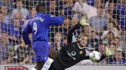 2. Jimmy Floyd Hasselbaink. Mencetak 127 gol dan 58 assist dalam 288 penampilannya bersama 4 klub, Leeds United (1997-1999), Chelsea (2000-2004), Middlesbrough (2004-2006) dan Charlton Athletic (2006-2007). (AP Photo/Richard Lewis)