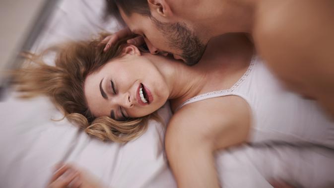 5 Posisi Seks yang Selalu Membuat Para Istri Ketagihan