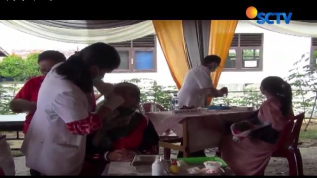 YPAPK menggelar bakti sosial pengobatan gratis di Kecamatan Terusan Nyunyai, Lampung Tengah.