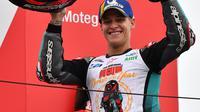 Pembalap Petronas Yamaha SRT, Fabio Quartararo, berhasil meraih status rookie terbaik MotoGP 2019 setelah finis kedua di MotoGP Jepang yang berlangsung di Sirkuit Twin Ring Motegi, Minggu (20/10/2019). (AFP/Toshifumi Kitamura)