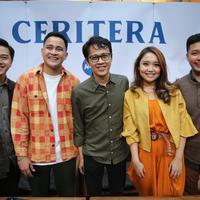 HiVi libatkan Tohpati dalam proses penggarapan album ketiga, Ceritera. (Adrian Putra/Fimela.com)