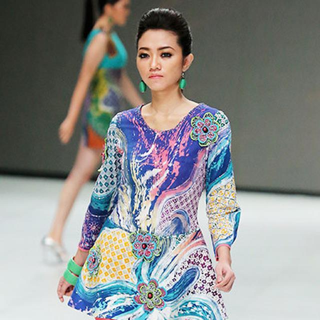 Batik Abstrak 24aeed9a08