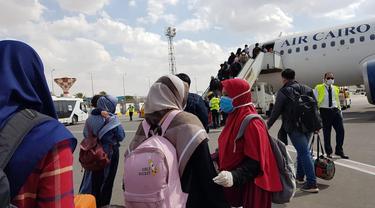 Proses repatriasi mandiri WNI di Mesir (sumber: KBRI Kairo)