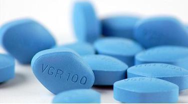 Meminum pil kejantanan mungkin bukanlah jawaban untuk semua masalah di kamar tidur. Para pria yang menggunakan obat-obatan tertentu untuk masalah disfungsi ereksi tetap mengeluh dan melaporkan mengalami masalah pada kehidupan seks mereka.