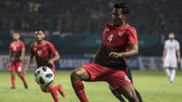 Pemain Indonesia, Zulfiandi, saat melawan Palestina pada laga Asian Games di Stadion Patriot, Jawa Barat, Rabu (15/8/2018). Indonesia takluk 1-2 dari Palestina. (Bola.com/Vitalis Yogi Trisna)