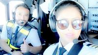 Yasmeen Al Maimani, Pilot Perempuan Pertama Arab Saudi. (dok. Instagram @captain0jazz/https://www.instagram.com/p/ByAu5ktBhAp/Putu Elmira)