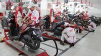 Servis sepeda motor Honda di AHASS