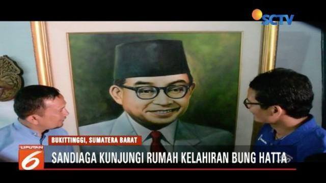 Sandiaga Uno berkunjung ke rumah kelahiran Bung Hatta di Jalan Soekarto-Hatta Mo. 37, Bukittinggi, Sumatera Barat.
