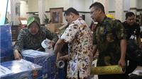 Diminta siapkan kain kafan, Wali Kota Risma siap kirim untuk korban gempa Lombok. (Liputan6.com/Dian Kurniawan)