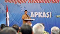 Mendagri Gamawan Fauzi, berpidato saat Pembukaan Rakernas VII dan Munaslub Asosiasi Pemerintah Kabupaten Seluruh Indonesia (Apkasi) 2011, di Kabupaten Kubu Raya, Kalbar. (Antara)