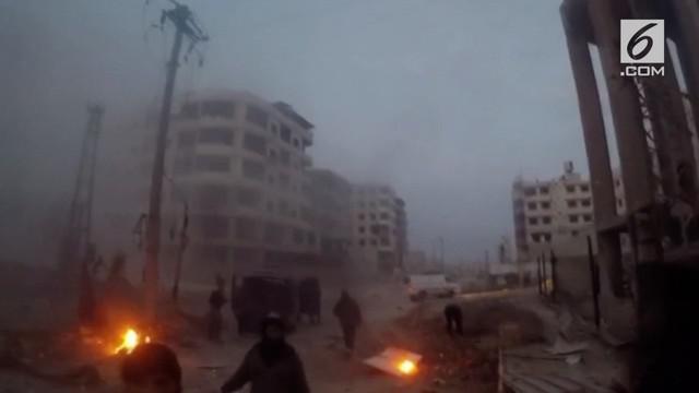 Begini suasana mencekam saat serangan udara di daerah yang dikuasai pemberontak.