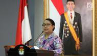 Menteri Pemberdayaan Perempuan dan Perlindungan Anak (PPPA) Yohana Yembise memberi sambutan saat penandatanganan nota kesepahaman di Gedung KPU, Jakarta, Rabu (30/5). (Liputan6.com/JohanTallo)