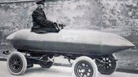 Mobil La Jamais Contente (patentlyinteresting.com)