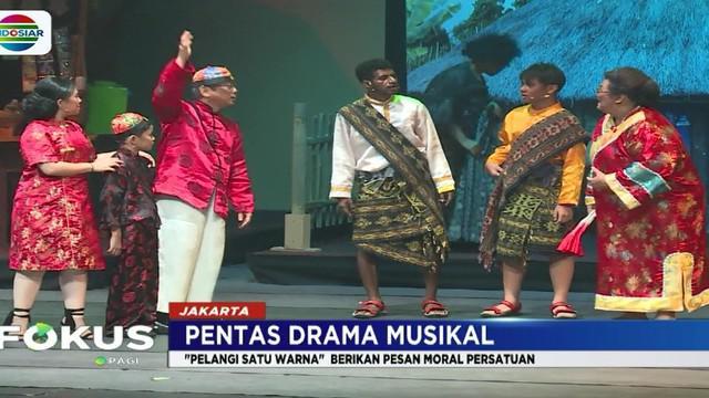Drama musikal ini disutradarai Romo Steve Winarto dan menampilkan sejumlah artis, seperti Mo Sidik, Widi Dwinanda, Niniek L Karim, John Yewen, Ita Sembiring serta Christian Reinaldo.