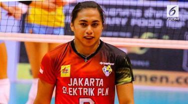Aprilia Manganang sekilas memang postur tubuh dan wajah terlihat seperti pria macho. Permasalah gender yang dialami Aprilia juga pernah diperbincangkan saat voli putri Indonesia bertanding di Sea Games 2015.