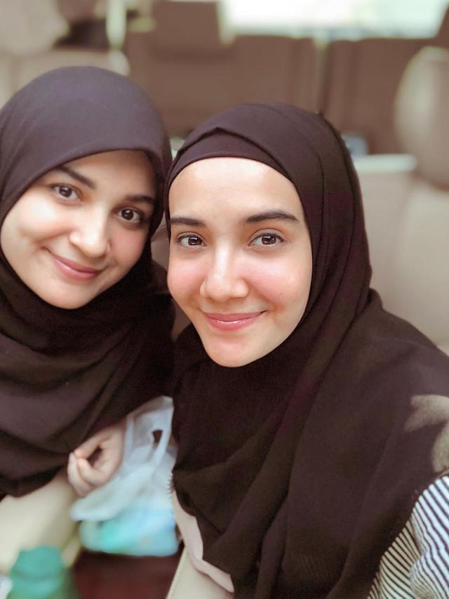 [Fimela] Shireen Sungkar dan Zaskia Sungkar