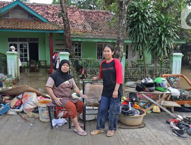 Potret Keluarga Korban Banjir Desa Sumber Urip