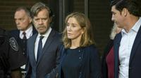 Felicity Huffman terjerat skandal suap di kampus elite AS. (AFP)