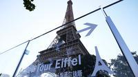 Menara Eiffel terlihat pada hari pembukaan kembali objek wisata tersebut di Paris, Prancis, pada 25 Juni 2020. Menara Eiffel dibuka kembali untuk umum pada Kamis (25/6) setelah ditutup selama tiga bulan akibat pandemi COVID-19. (Xinhua/Gao Jing)