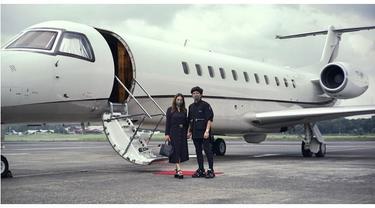 6 Potret Aurel dan Atta Berangkat Honeymoon Naik Jet Pribadi, Selalu Mesra