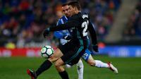 Pemain Real Madrid, Mateo Kovacic, berusaha melepaskan tendangan ke arah gawang Espanyol pada laga lanjutan La Liga, di RCDE Stadium, Rabu (28/2/2018) dini hari WIB. (Real Madrid).