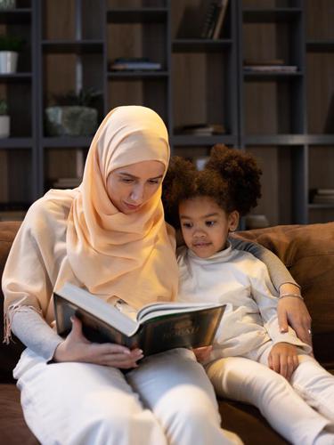 Asah Kemampuan Baca Tulis Anak Disleksia Selama Stay at Home dengan 6 Kegiatan Ini