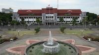 Balai Kota Surabaya (Foto: Liputan6.com/Dian Kurniawan)