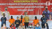 Suasana konfrensi pers tersangka artis Cyntiara Alona dalam pengungkapan kasus prostitusi dan eksploitasi anak di Ditreskrimum Polda Metro Jaya, Jakarta, Jumat (19/03/2021). (Liputan6.com/Herman Zakharia)