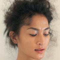Tiga Cara Agar Eyeshadow Tidak Mudah Luntur di Kelopak Mata Berminyak
