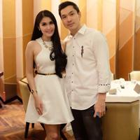 Sandra Dewi mengaku tak pernah berikan kado untuk suaminya. (instagram/sandradewi88)