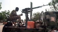 Tentara Nigeria memerangi kelompok militan. (AFP)
