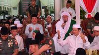 Wamenhan mengikuti acara maulid Nabi Muhammad di Pekalongan. (Radityo/Liputan6.com)