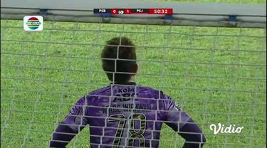 Berita video gol Osvaldo Haay bawa Persija unggul sementara 3-0 atas Persib Bandung di Final Leg 2 Piala Menpora, Minggu (25/4/21)