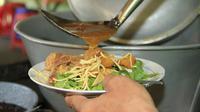 Tahu Campur kuliner tradisional Jawa Timur