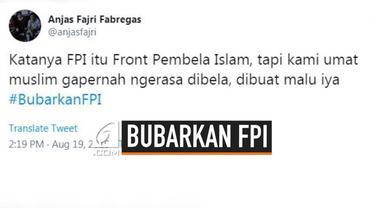 Jagat sosial media kembali diramaikan dengan tagar #BubarkanFPI, ini dipicu karena polemik kerusukan yang terjadi di Manokwari, Papua.